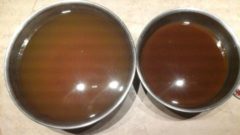 Diluted cider on left, and concentrated cider on right